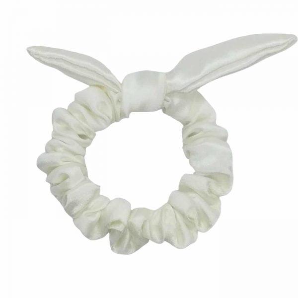 biała mała gumka do włosów z uszkami wiązaniem z czystego jedwabiu